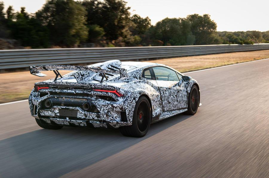 2020 Lamborghini Huracan STO arka tasarım