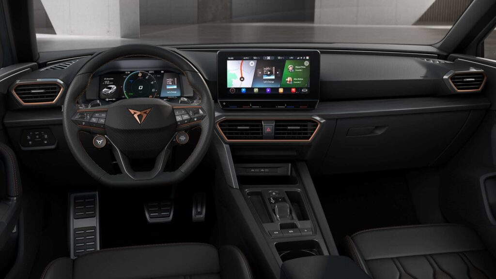 Seat Leon Cupra iç mekan