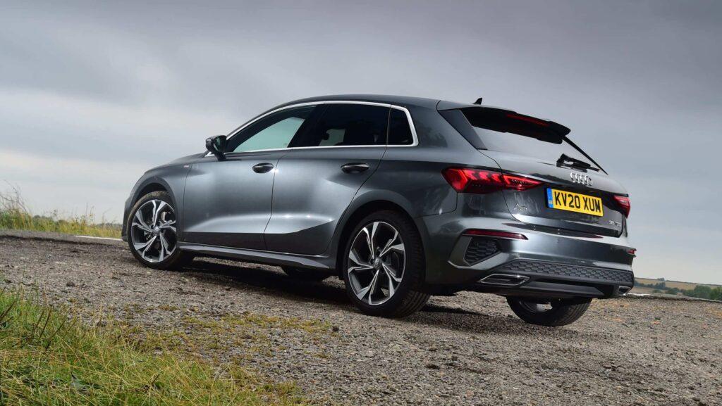 2021 Yeni Audi A3 yan tasarım