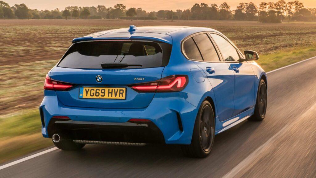 2020 yeni BMW 1 serisi arka tasarım