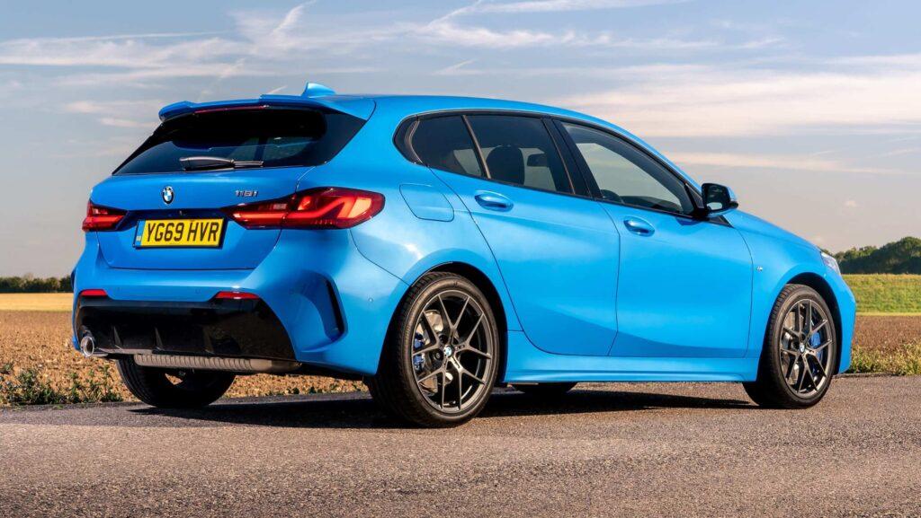 2020 yeni BMW 1 serisi yan tasarım