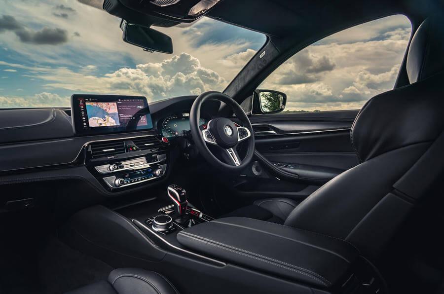 2021 Yeni BMW M5 Competition İç Mekan