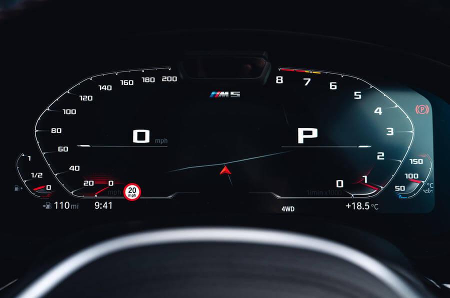 2021 Yeni BMW M5 Competition Kadran