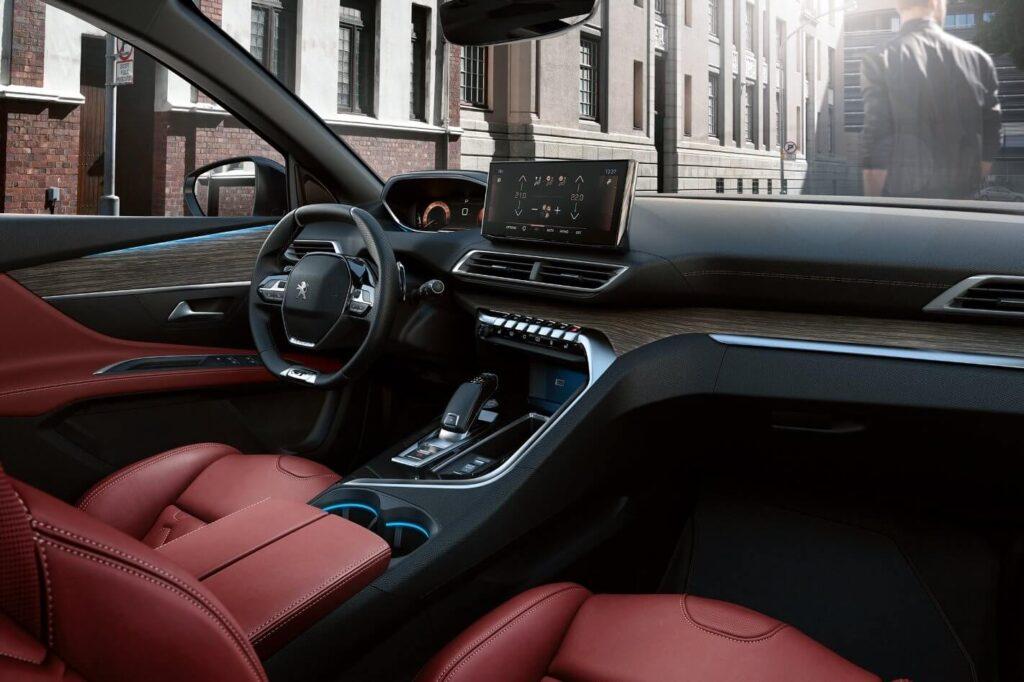 2021 Yeni Peugeot 3008 iç tasarım