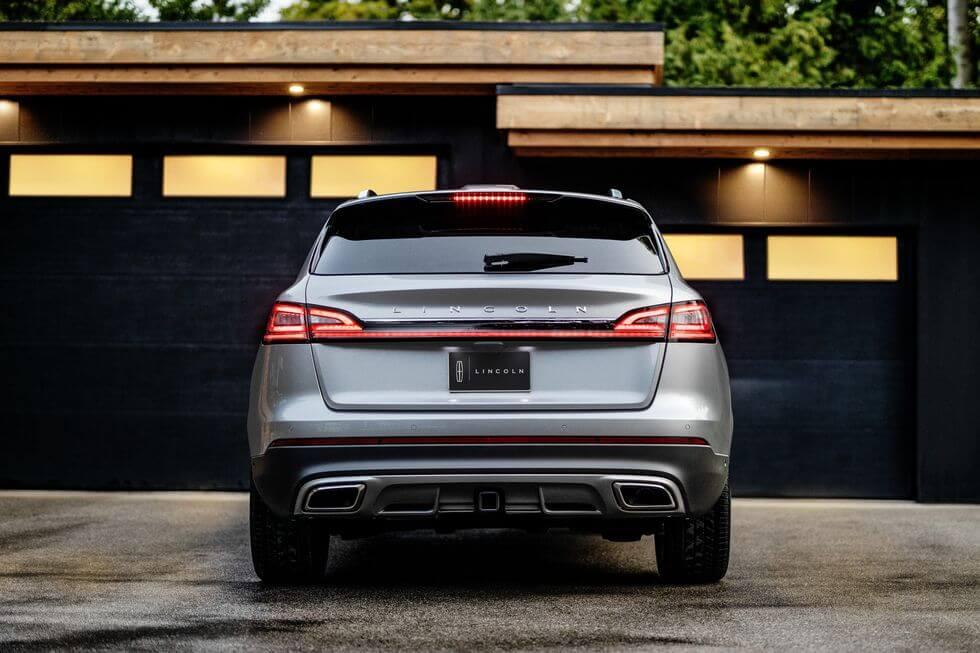 2021 Lincoln Nautilus arka tasarım