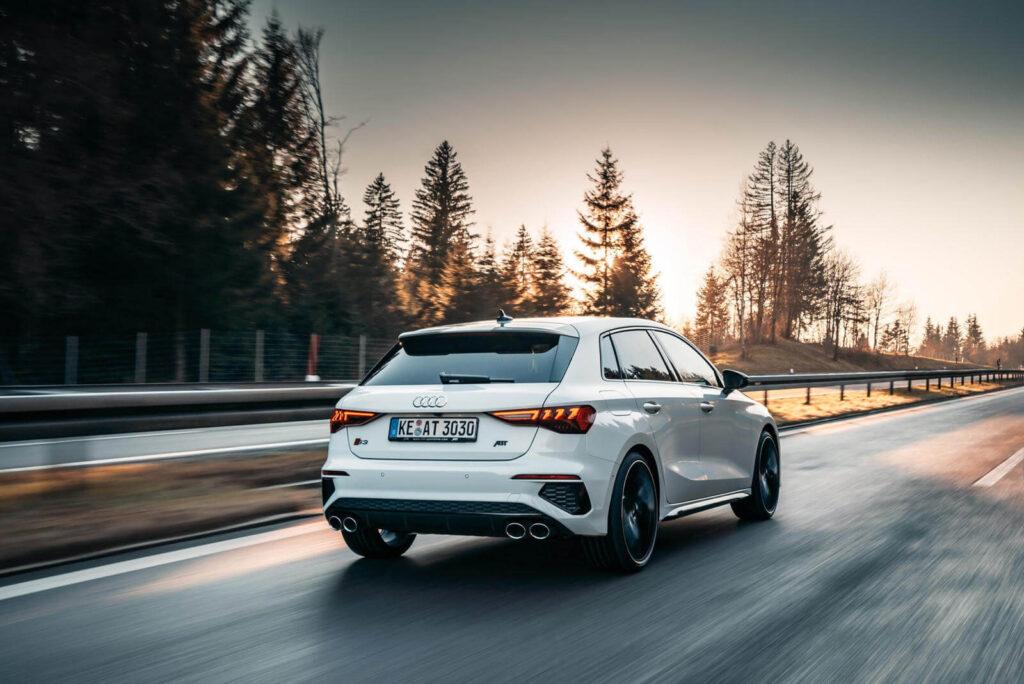 Yeni Audi S3 fotoğrafları