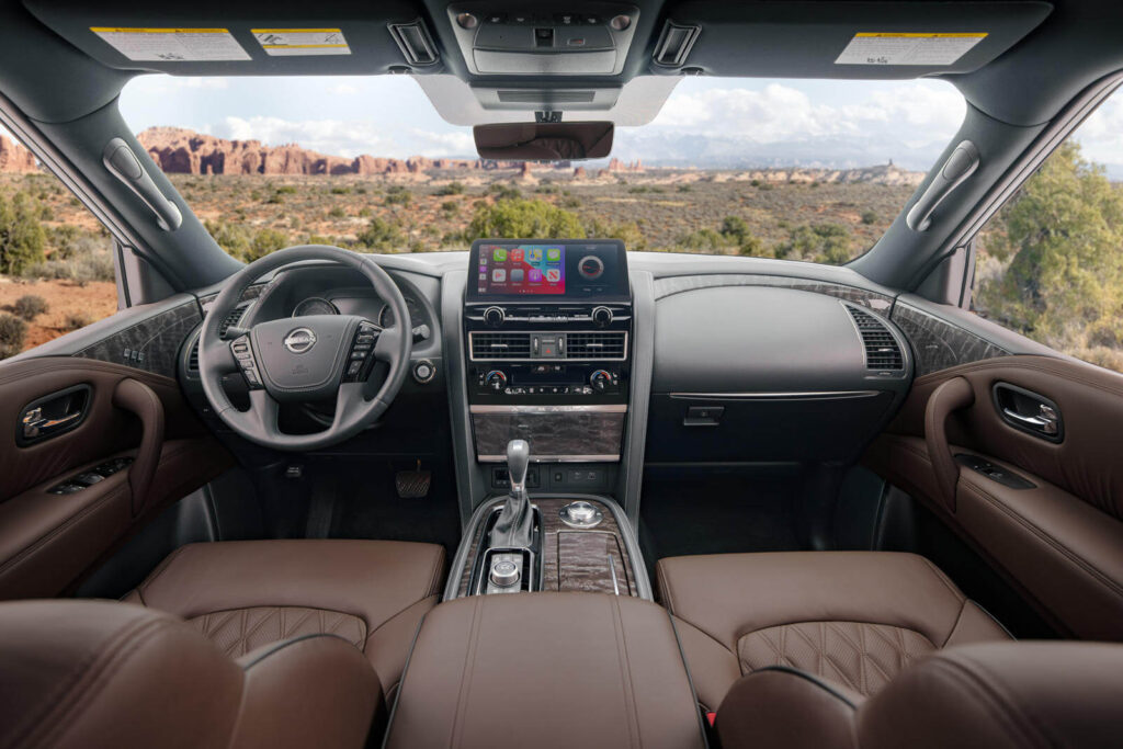 2021 Nissan Armada iç mekan tasarımı