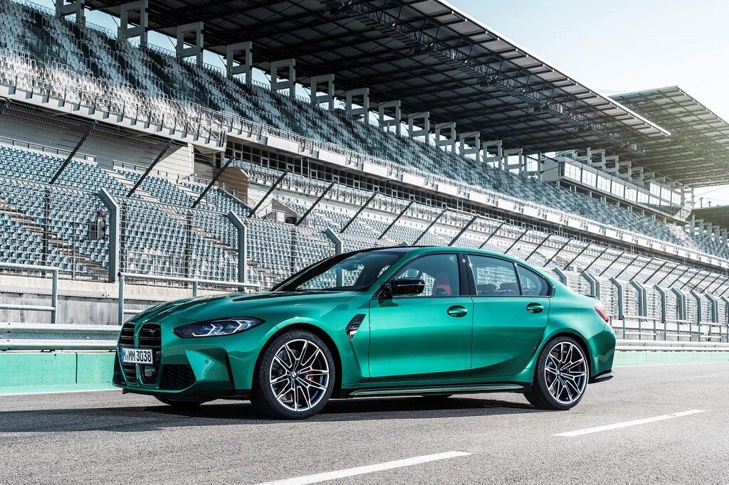 BMW Yeni M3'ün neden çok özel olduğunu açıkladı