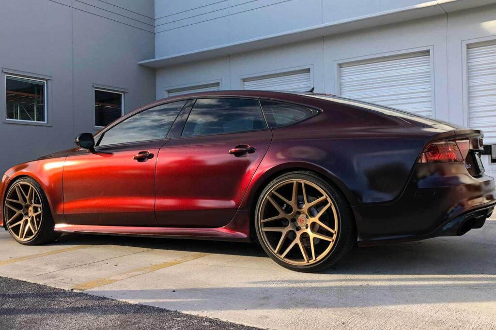 Renk Değiştiren Audi RS7 fotoğrafları