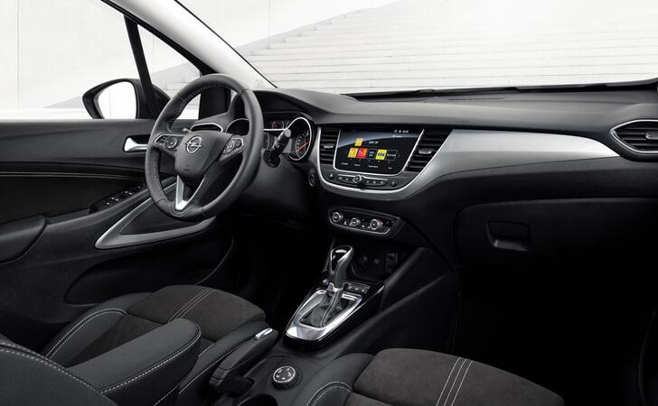 2021 Makyajlı Opel Crossland iç mekan