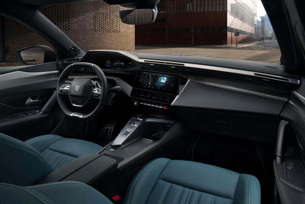 2021 Yeni Peugeot 308 iç mekanı