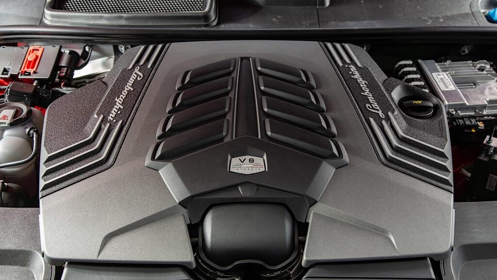 Lamborghini Urus v8 motor