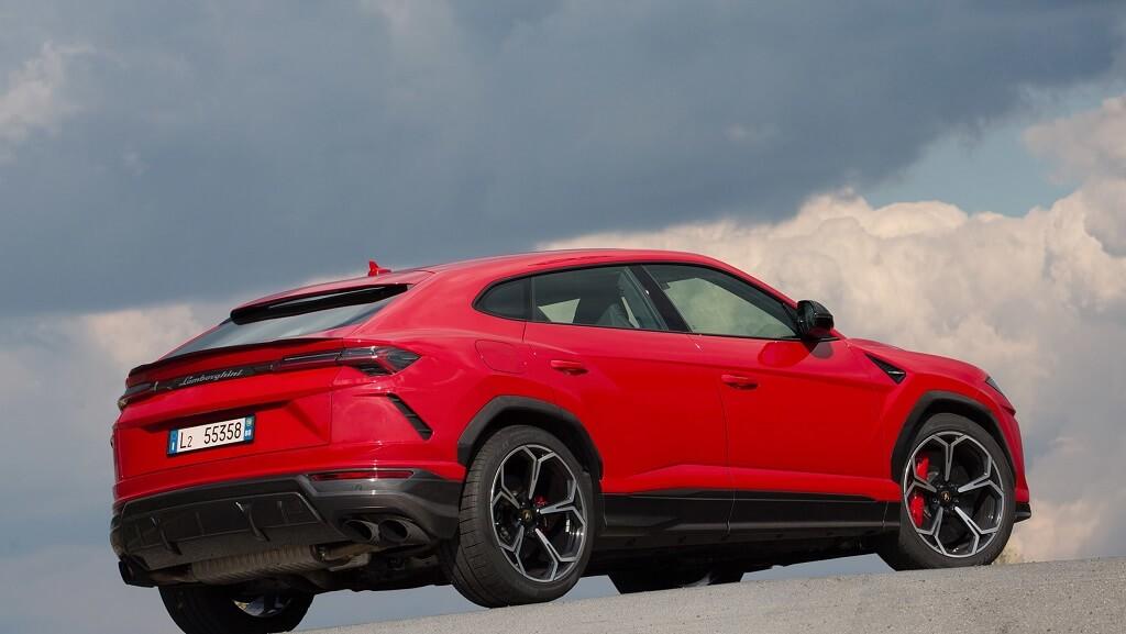 Lamborghini Urus yan tasarım