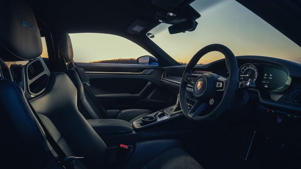 2021 Porsche 911 GT3 iç mekan