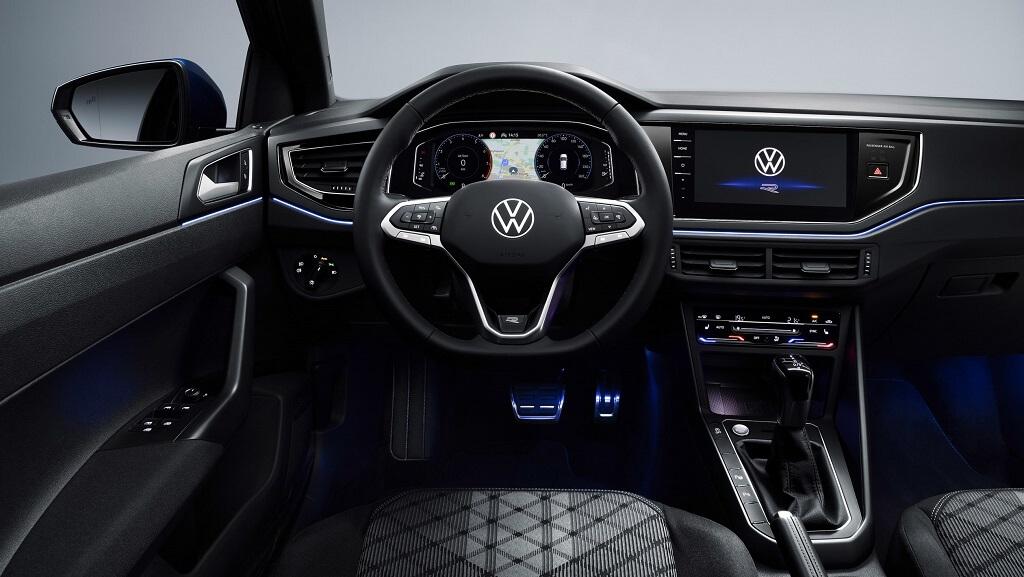 makyajlı Volkswagen Polo iç mekan