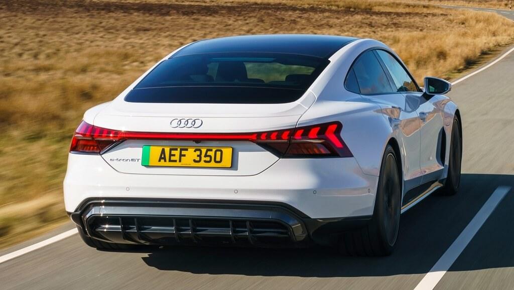 2021-Audi-e-tron-GT arka tasarım