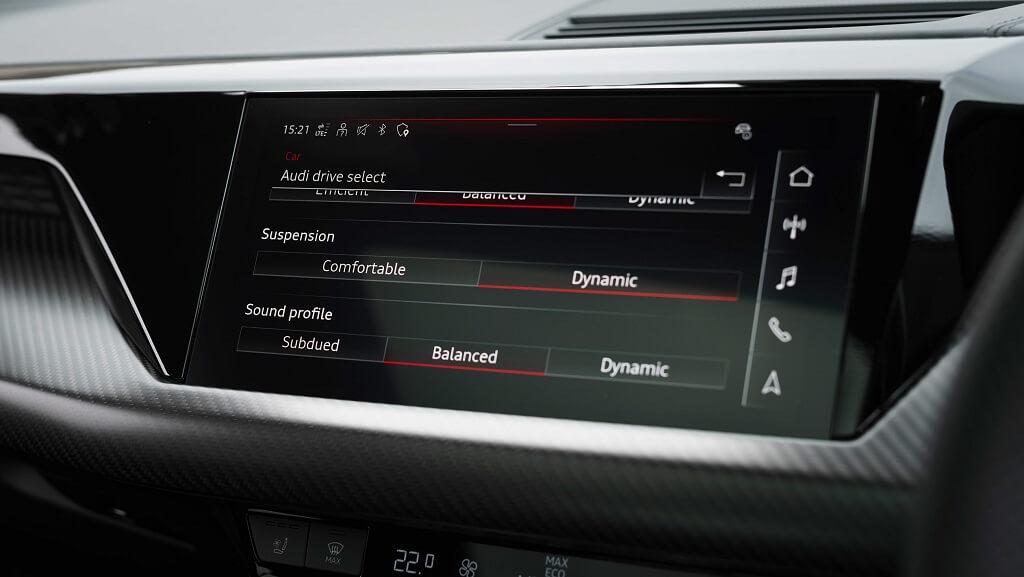 2021-Audi-e-tron-GT bilgi eğlence sistemi