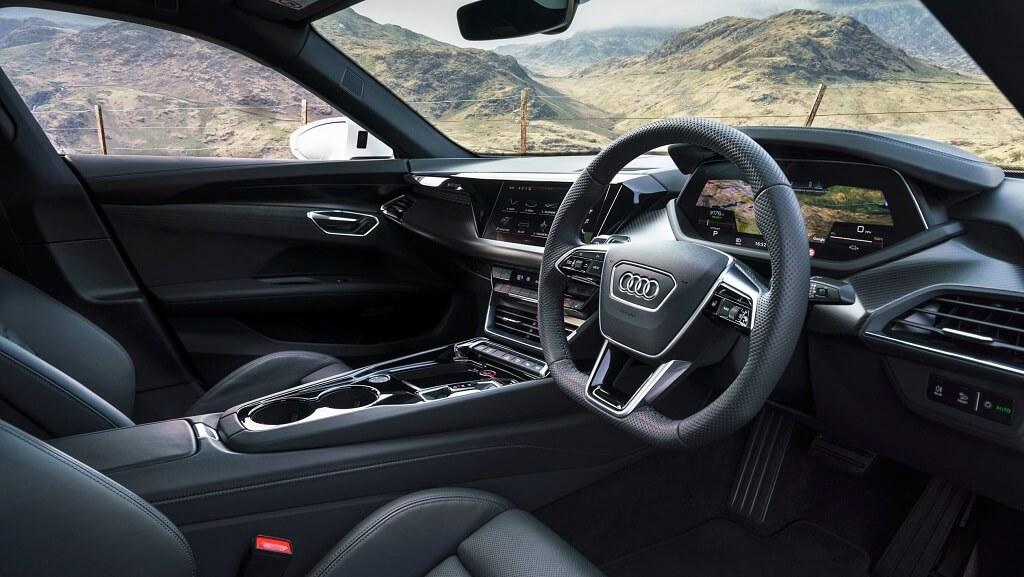 2021-Audi-e-tron-GT iç görünüm