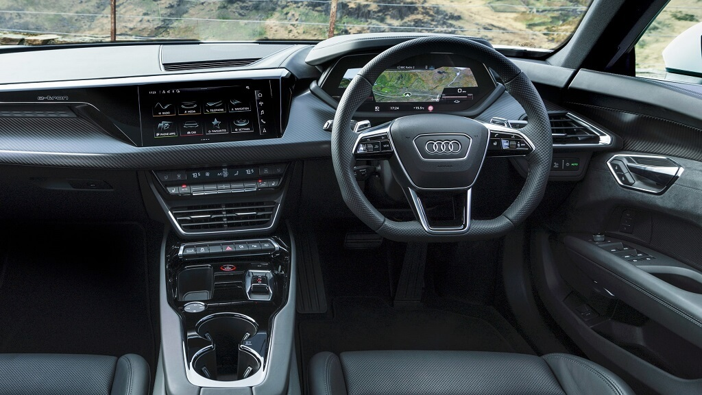 2021-Audi-e-tron-GT iç mekan