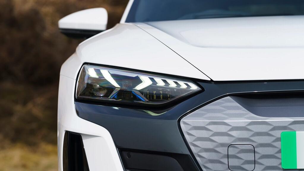 2021-Audi-e-tron-GT LED farlar