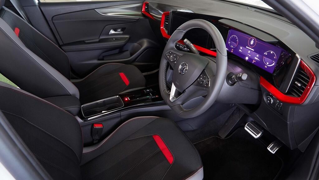 2021 Yeni Opel Mokka iç tasarım