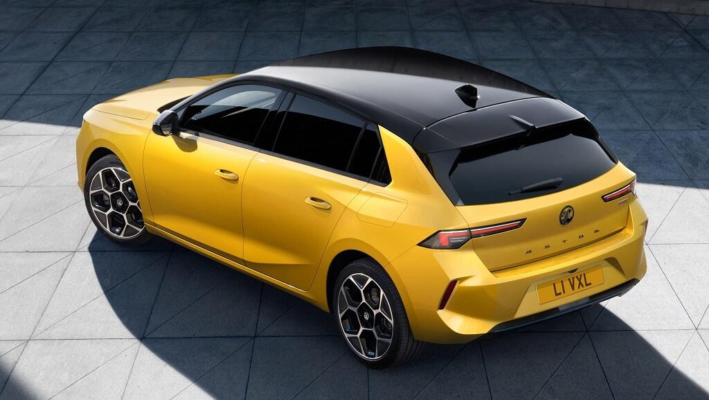 2022 Yeni Opel Astra fotoğrafları