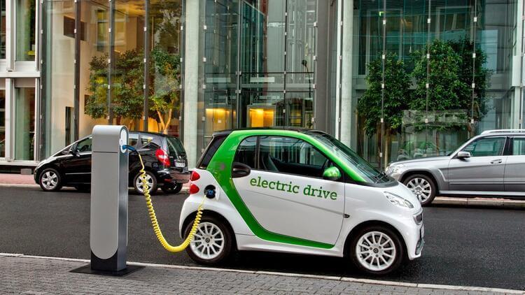 Elektrikli Arabalar Nedir