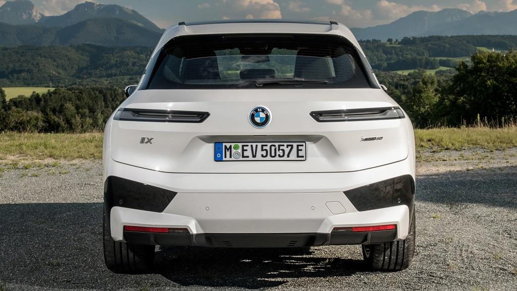 2021 Yeni BMW iX arka tampon