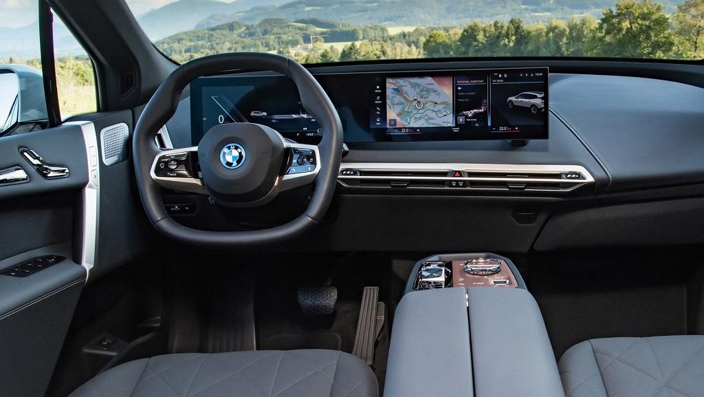 2021 Yeni BMW iX iç mekan