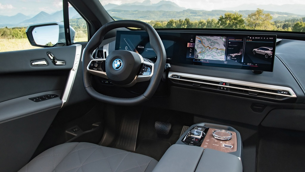 2021 Yeni BMW iX kokpit
