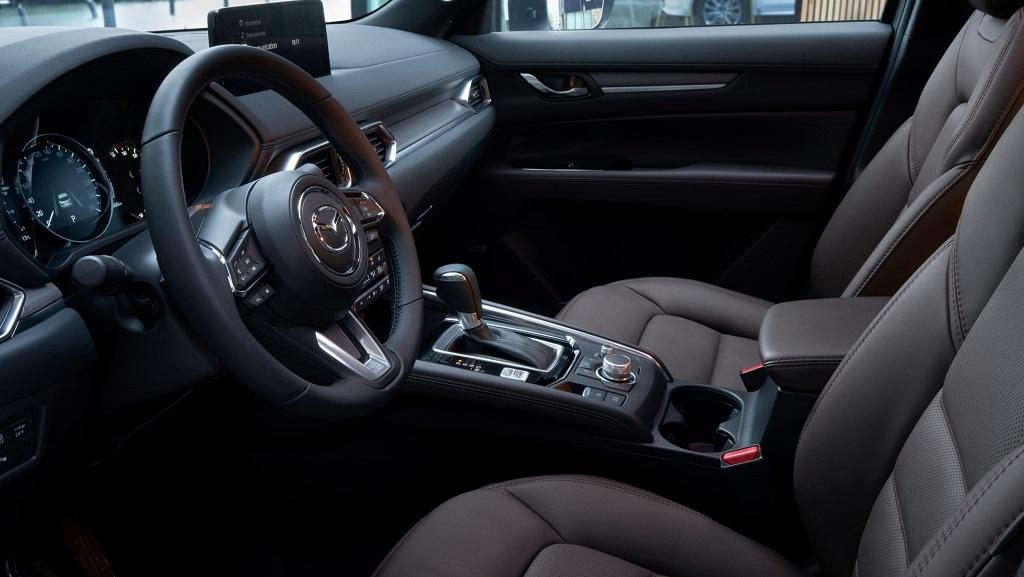 2022 Makyajlı Mazda CX-5 iç mekan