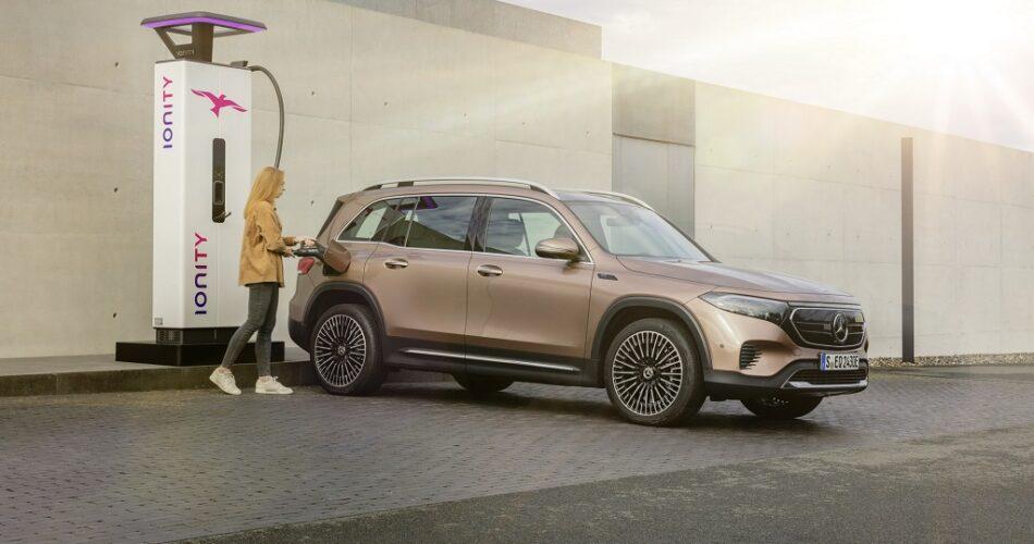 BMW ve Daimler'e Dava Açıldı