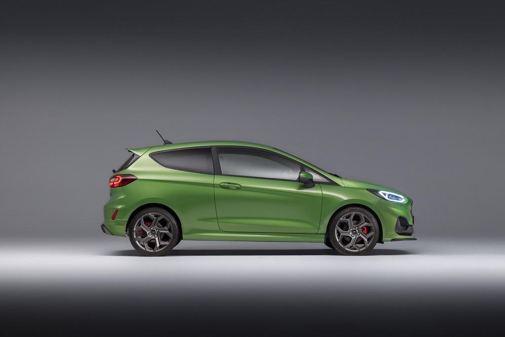 Makyajlı 2022 Ford Fiesta görselleri
