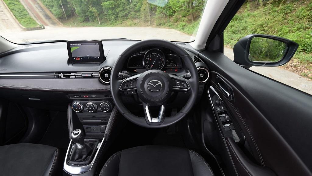 Mazda 2 iç mekan