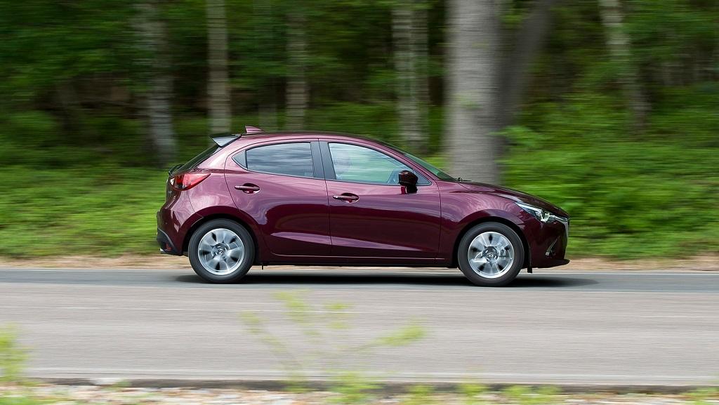 Mazda 2 yan tasarım