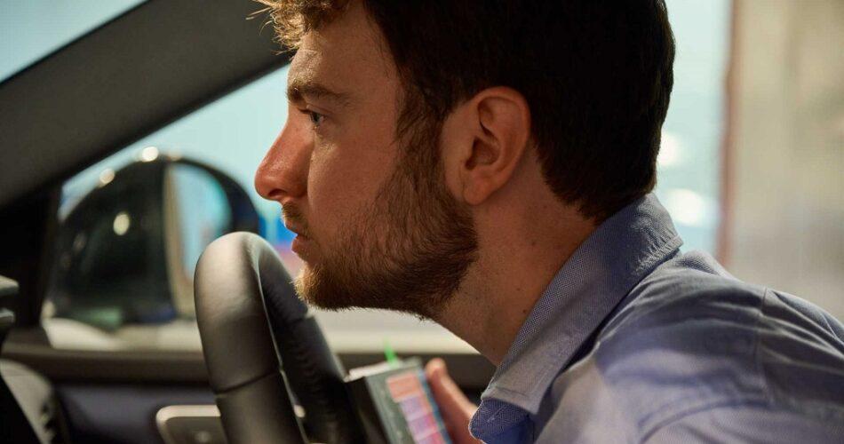 Nissan Yeni Otomobil Kokusunu Mühendislere Test Ettiriyor