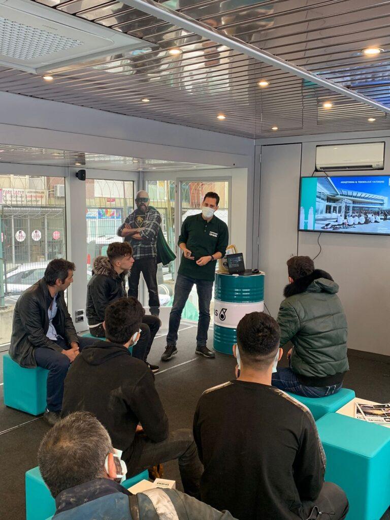 Petronas Urania Roadshow İstanbul eğitimleri