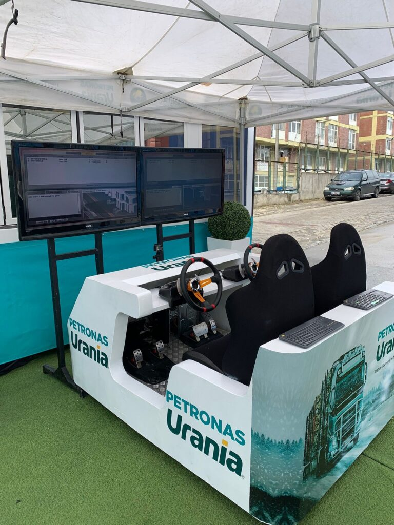 Petronas Urania Roadshow İstanbul simülasyon oyunu