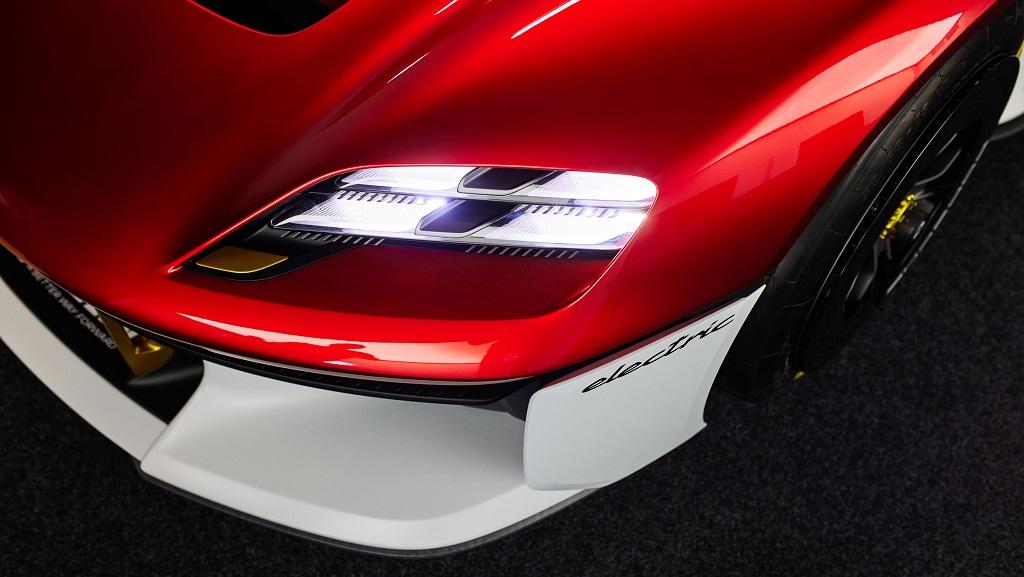 Porsche Mission R konsepti LED farlar