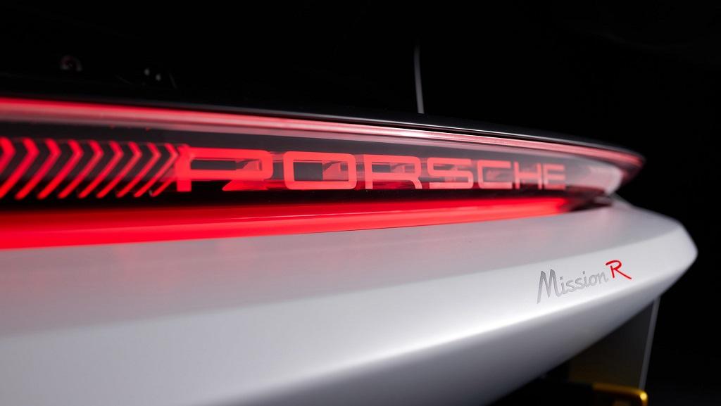 Porsche Mission R konsepti LED stop lambaları