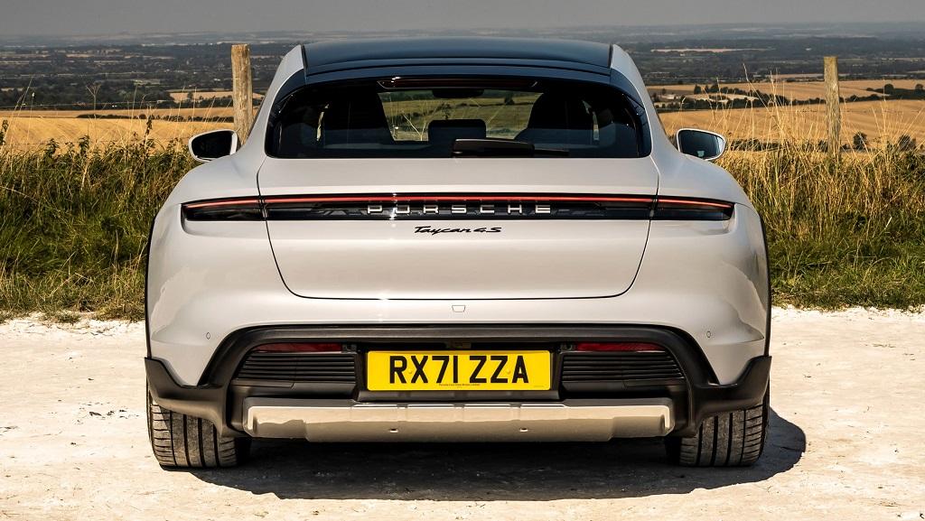 Porsche Taycan 4S Cross Turismo stop lambaları