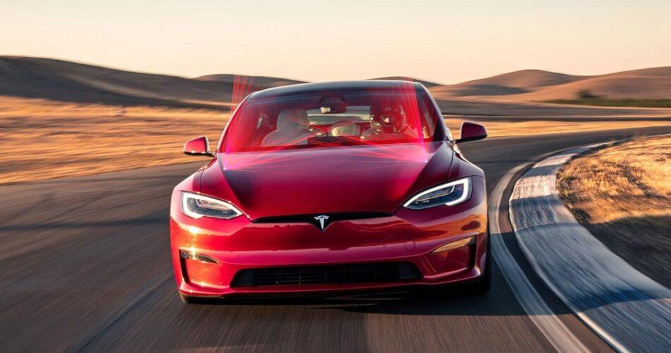 Tesla, Lazerli Silecek Konusunda Kararlı