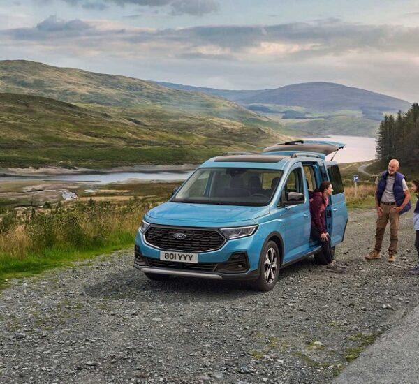 2021 Yeni Ford Tourneo Connect tanıtıldı