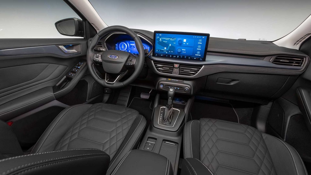 2022 Makyajlı Ford Focus iç mekan