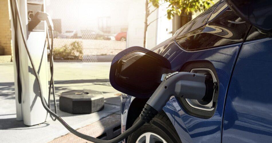 Elektrikli Araba Pil Ömrü - Pil Ömrü Nasıl Uzatılır?
