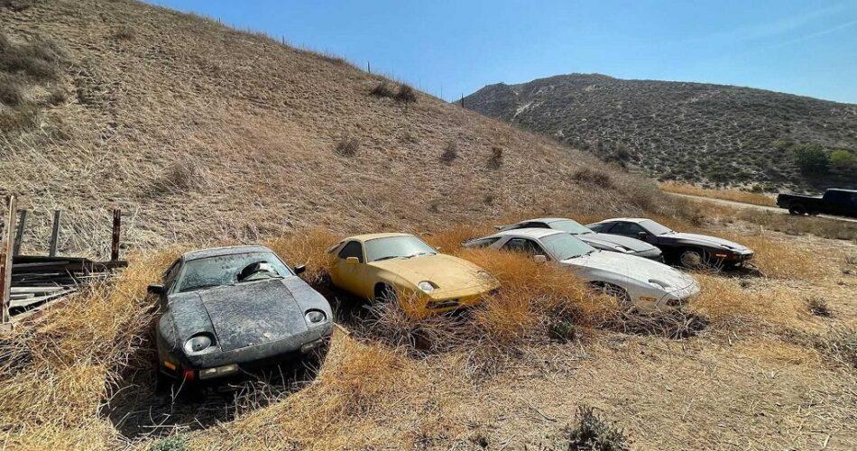 Terkedilmiş Porsche 928'lerle Dolu Tarla