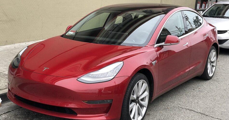 Tesla'dan Yeni Teslimat Rekoru Geldi