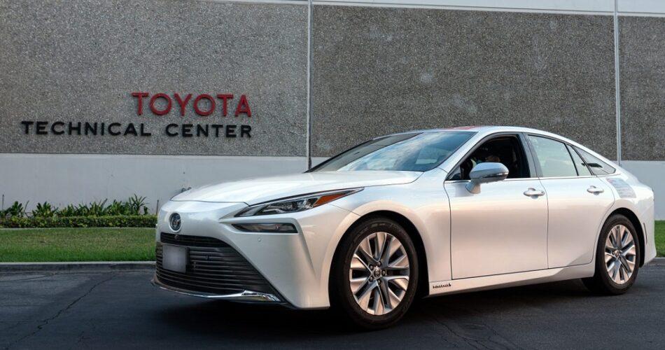Toyota Mirai'den Yeni Menzil Rekoru