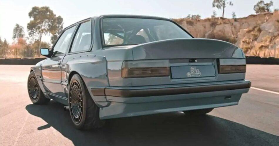 Toyota V8 Motorlu BMW 3 Serisi E30